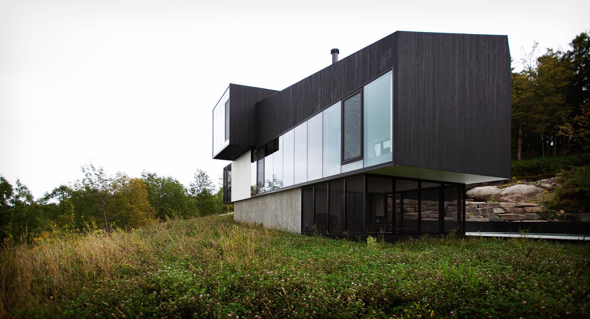 Projet architectural conçu par Saucier + Perrotte Architecte et réalisé par Constructions Boivin